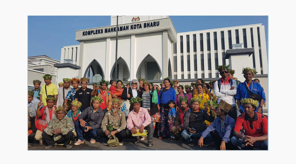 The Pos Simpor Orang Asli community at the Kota Bharu High Court hearing in July of the application by the Kelantan state government to strike out the AG's suit (Photo courtesy of Siti Kasim)